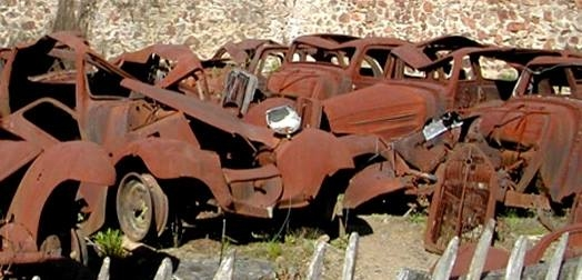 USA Rusted Cars